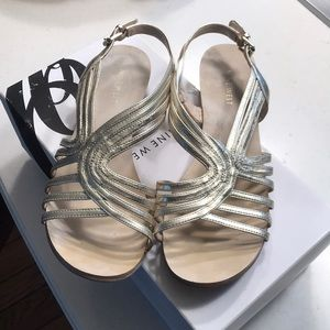 LIGHT GOLD NINE WEST SANDALS